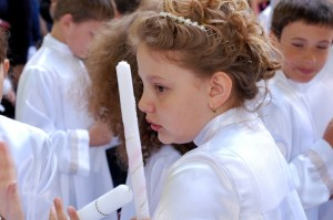 2014_05_25 - Prve svate prijimanie Luzna - 071